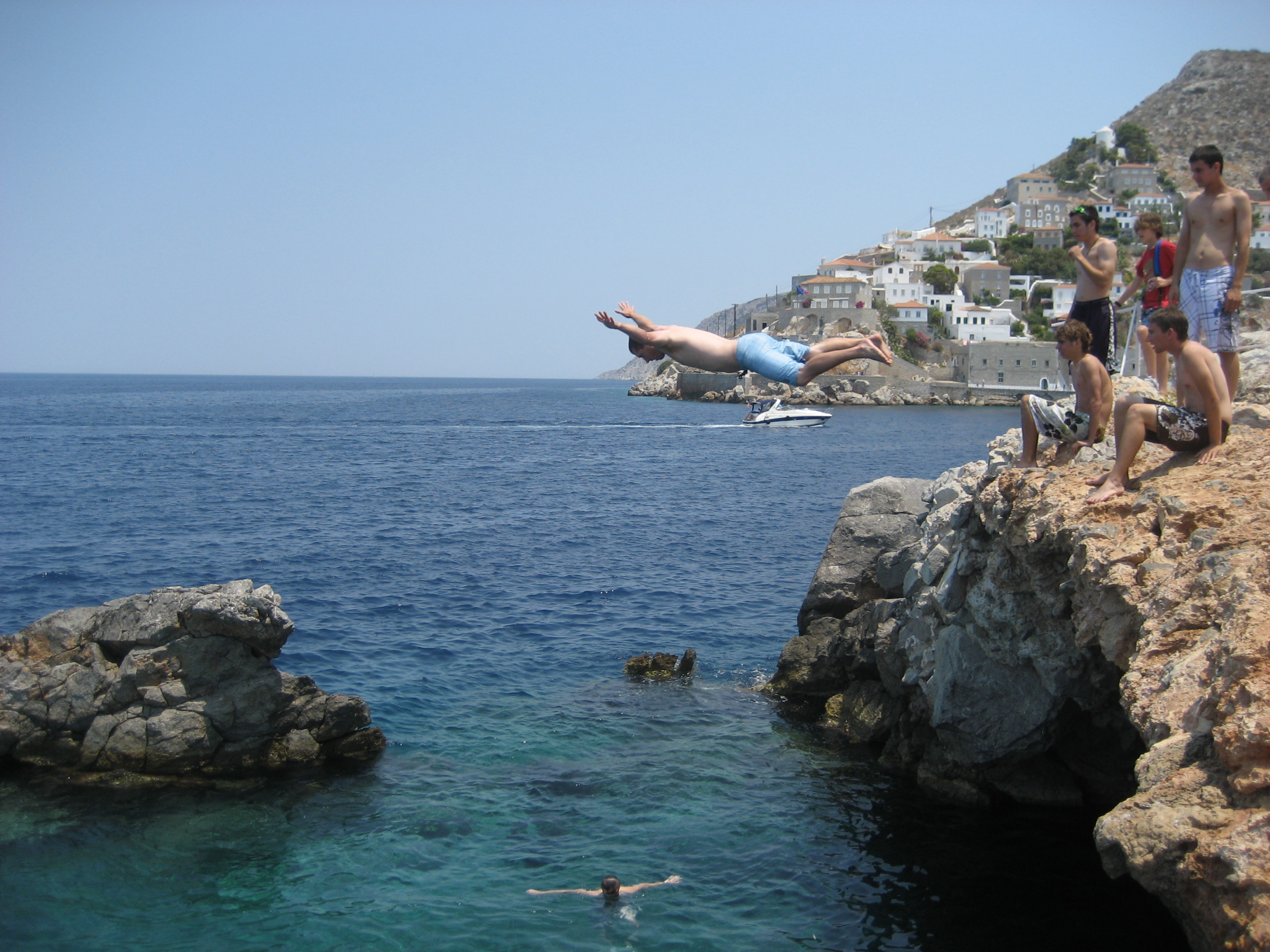 Chevalier tim welcome - Highest cliff dive ever ...